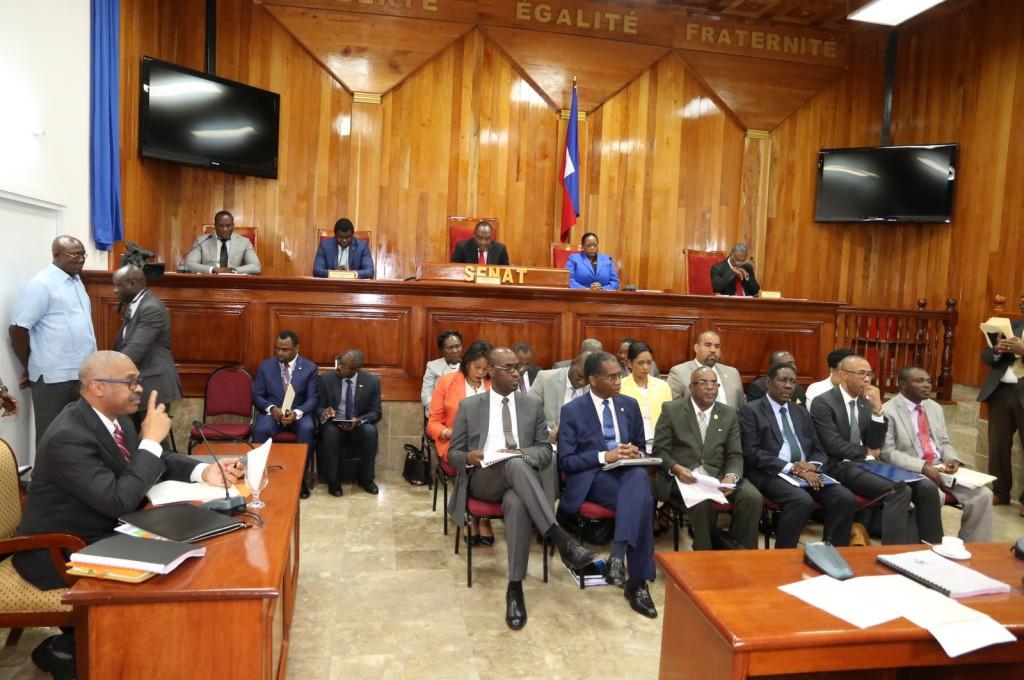 Séance de présentation des feuilles de route du gouvernement au Sénat de la République